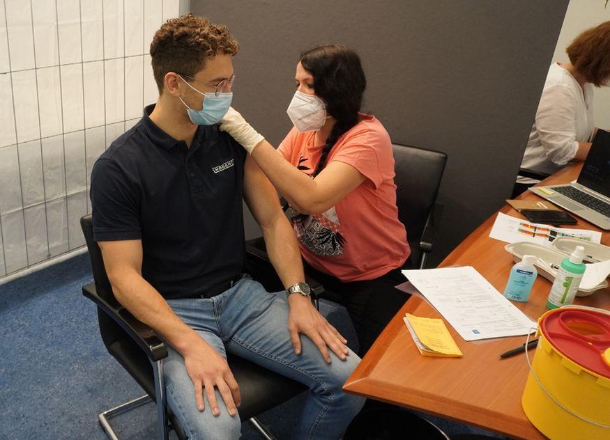 Mitte Juni konnten sich 148 Mitarbeiterinnen und Mitarbeiter von Hobart am Standort Elgersweier impfen lassen