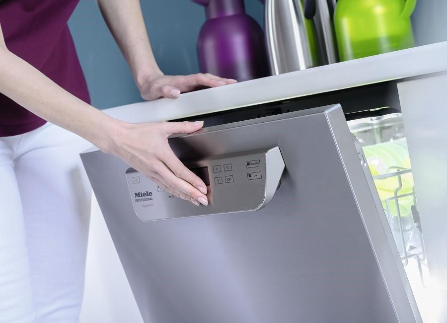 Miele Spülmaschine öffnen