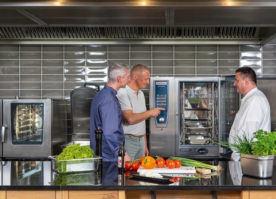 Pentagast Metro Kooperation Großküche Kombidämpfer