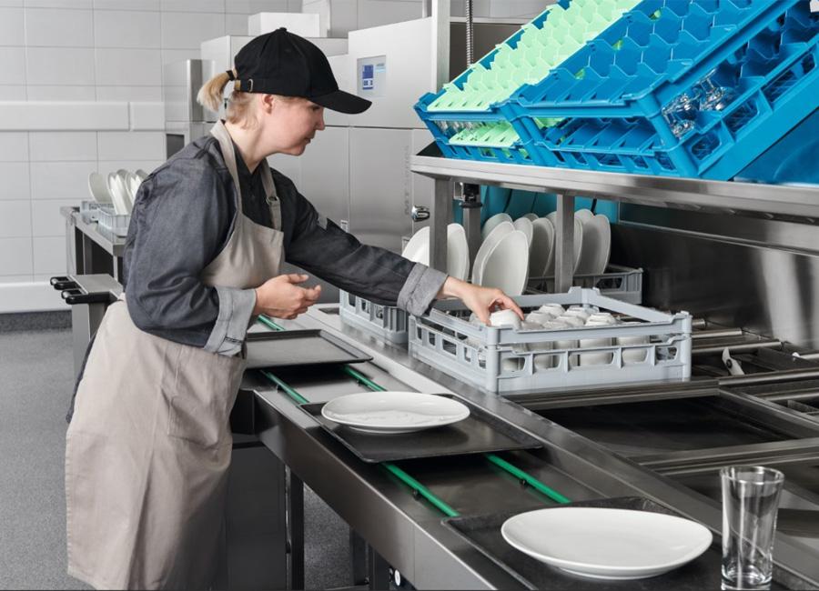 Durch die Automatisierung einzelner Arbeitsschritte wird der Geschirrrücklauf Teil einer effizienten Küchenlogistik